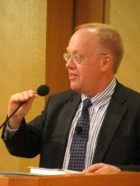 Chris Hedges' photo by Slowking4 (Own work) [GFDL 1.2 (http://www.gnu.org/licenses/old-licenses/fdl-1.2.html)], via Wikimedia Commons